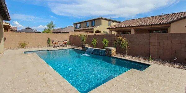 home swimming pool builders